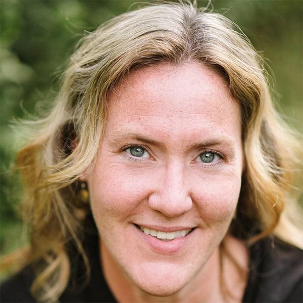 Dr. Amanda Carpenter